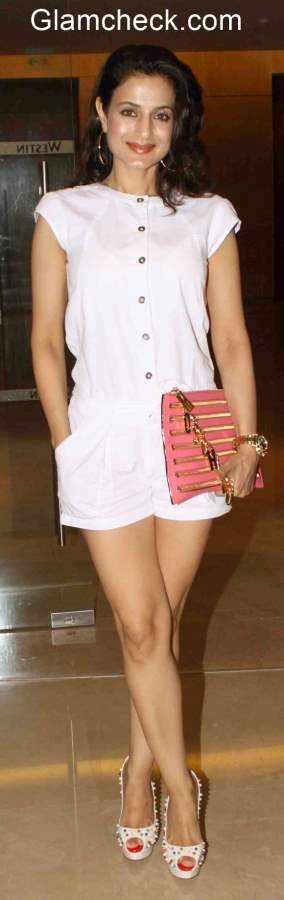 Ameesha Patel unveils Dicitex Furnishings tie-up with Warner Bros