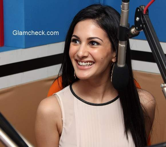 Amyra Dastur with RJ Malishka for the promotion of Mr X at Red FM