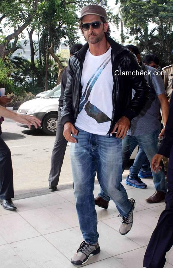 Hrithik Roshan at Mumbai International Airport