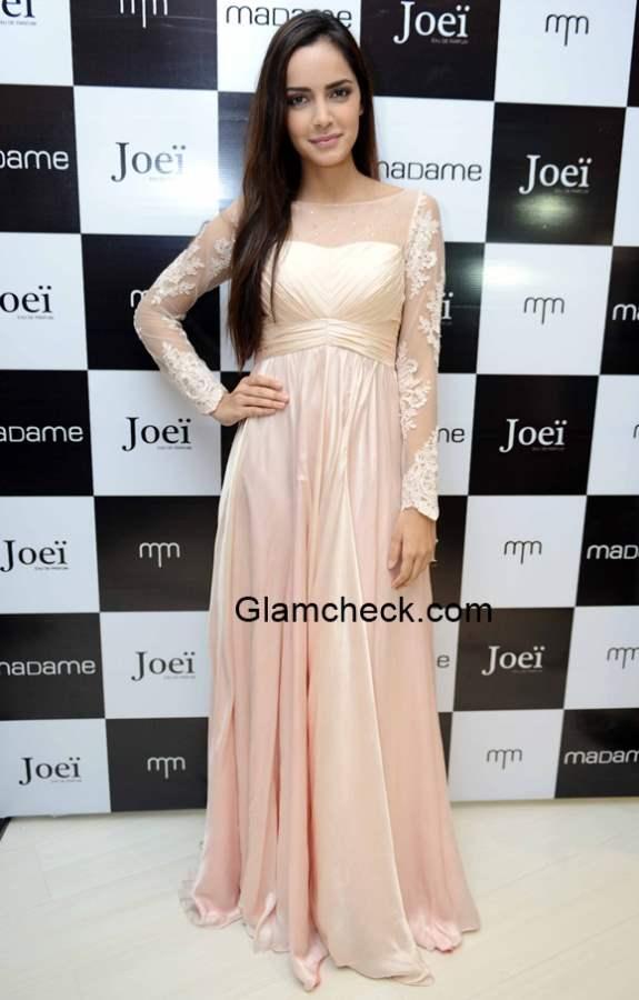 Shahzahn Padamsee at Madames Perfume JOEI Launch