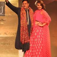 Shatrughan Sinha and Sonakshi Sinha walk the ramp for Manish Malhotra
