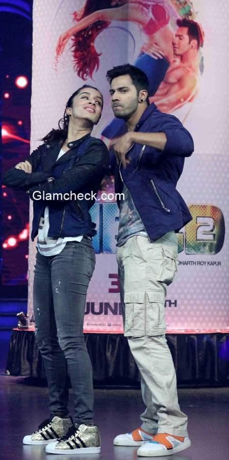 Varun Dhavan Shraddha Kapoor in Any Body Can Dance 2