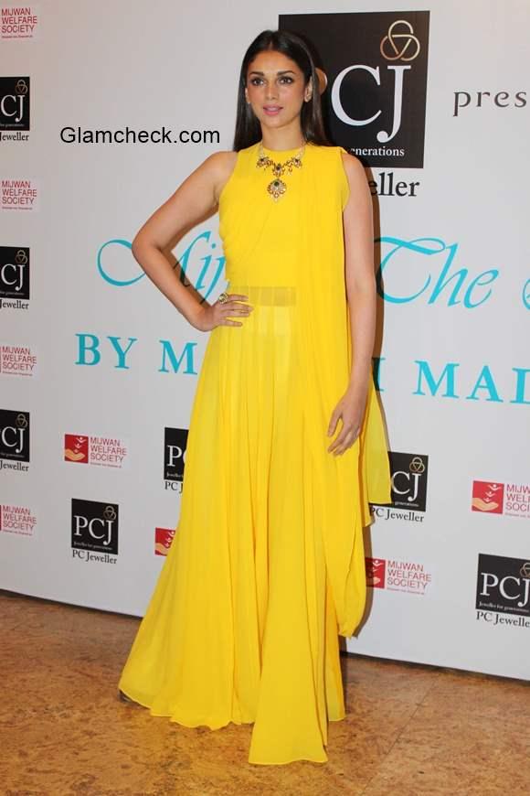 Yellow Gown Aditi Rao Hydari at Manish Malhotra show Mijwan – The Legacy