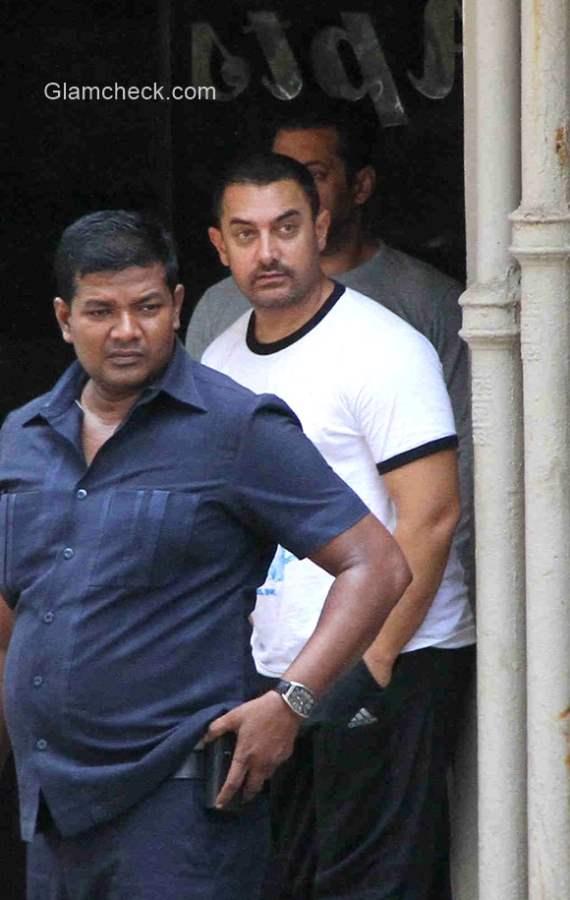 Aamir Khan visits Salman Khan residence in Mumbai