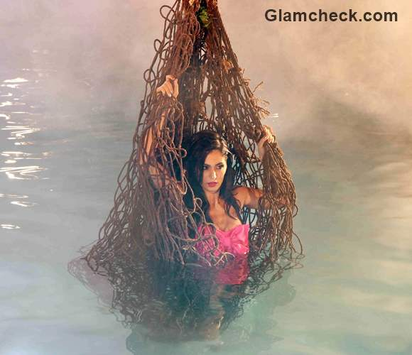 Behind the scenes - Bruna Abdullah for a song sequence in Robin Hood ke Potte