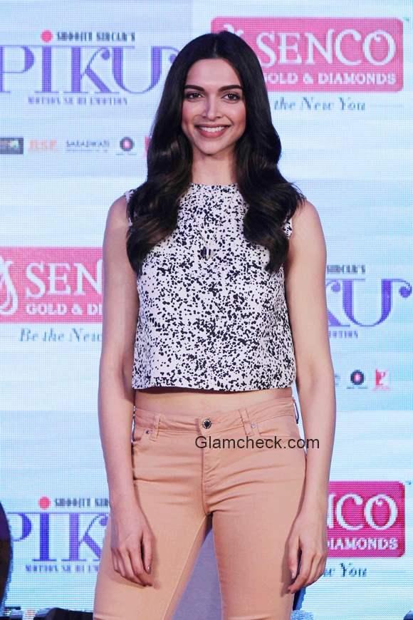 Deepika Padukone in Crop Top pics