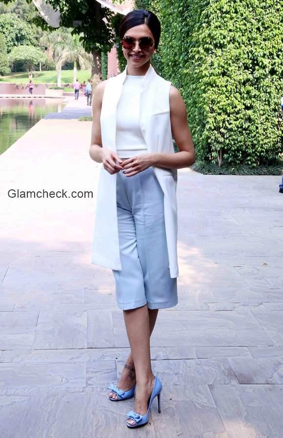 Deepika Padukone promotes Piku