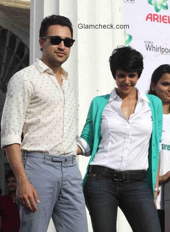 Imran Khan and Mandira Bedi at Ariel Share the Load event