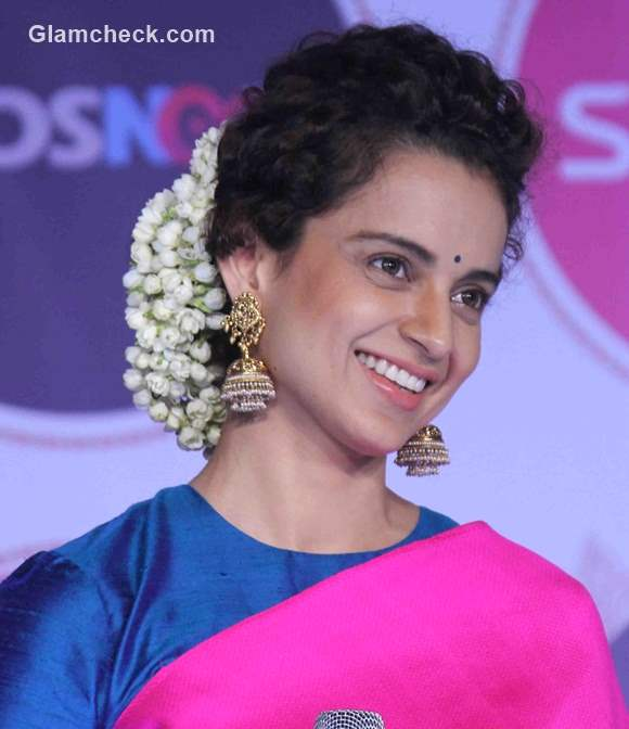 Traditional Indian Hairstyles: Kangana Ranaut Steals The Show In A Pink Saree
