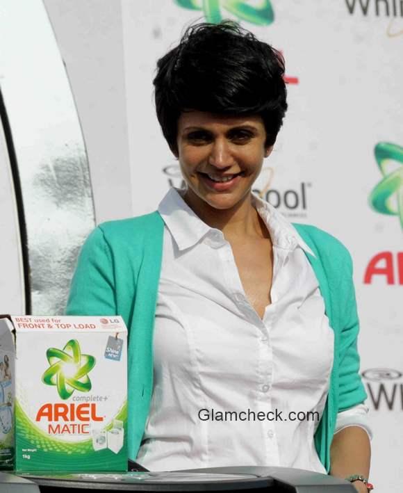 Mandira Bedi at Ariel Share the Load event