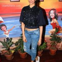 Style Check - Deepika Padukone Black Crop Top blue denims