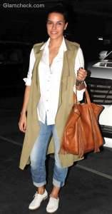 Celeb spotted – Neha Dhupia at the Mumbai International airport