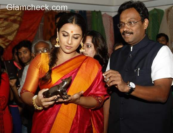 MP Tourism and Handicrafts exhibition at Jehangir Art gallery