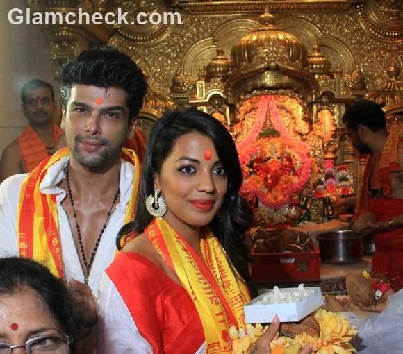 Mugdha Godse and Kushal Tandon at the Siddhivinayak temple in Mumbai