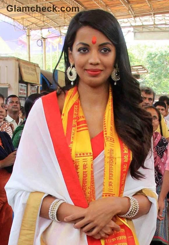 Mugdha Godse in Romila Movie