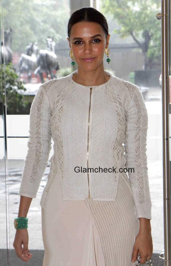 Neha Dhupia Style Pictures 2015