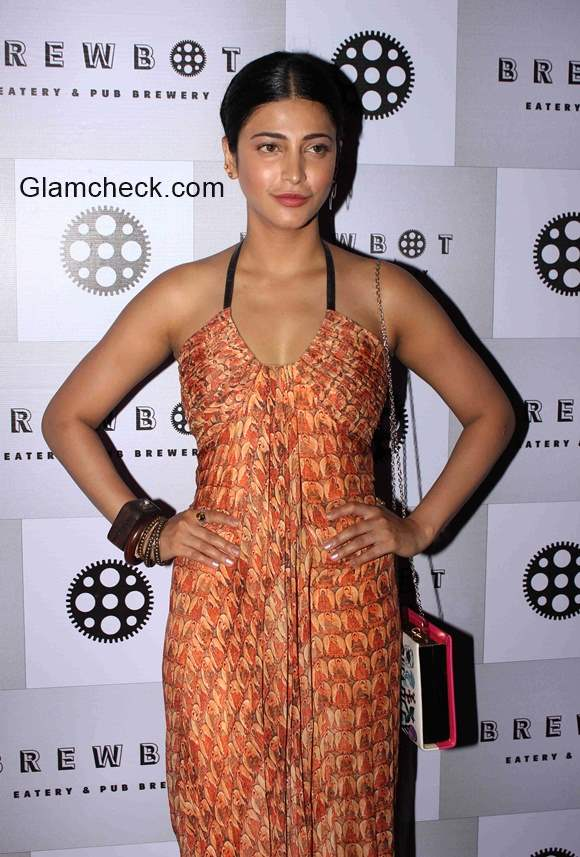 Shruthi Haasan at the launch of in house craft beers by Brewbot Eatery