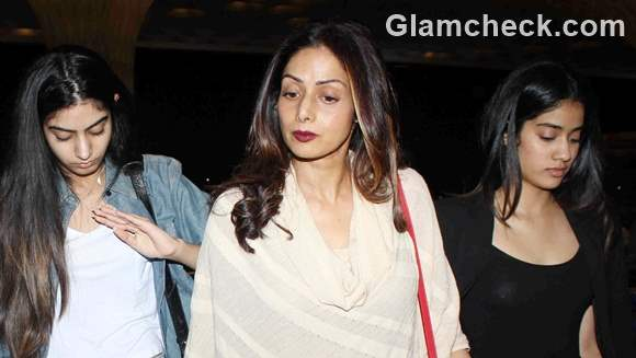 Sridevi spotted with daughters 2015