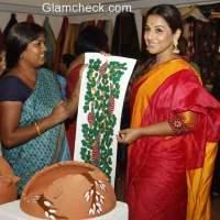 Vidya Balan inaugurates the MP Tourism and Handicrafts exhibition at Jehangir Art gallery