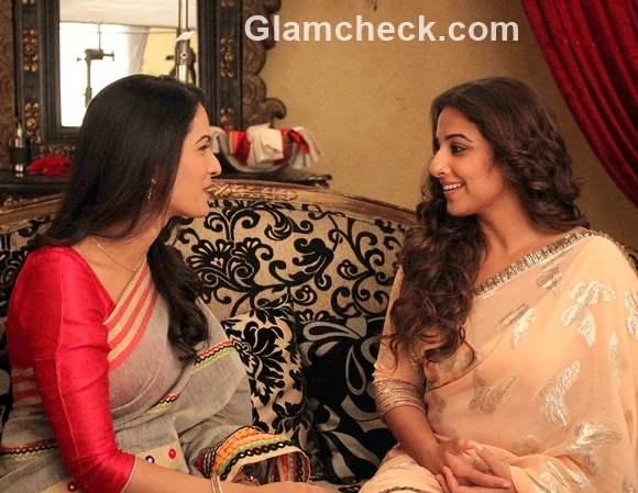 Vidya Balan on the sets of Itna Karo Na Mujhe Pyar with Pallavi Kulkarni