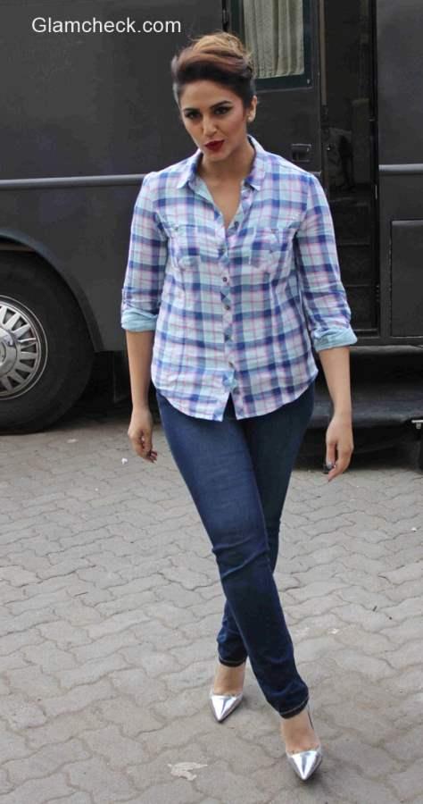 Huma Qureshi  wears plaid shirt with blue jeans