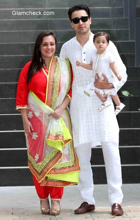 Imran Khan with his wife Avantika Malik and their daughter Imara Malik Khan