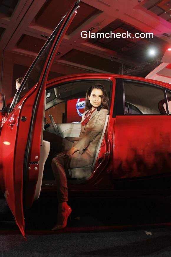 Kangana Ranaut launches Nissan Micra X-Shift pics