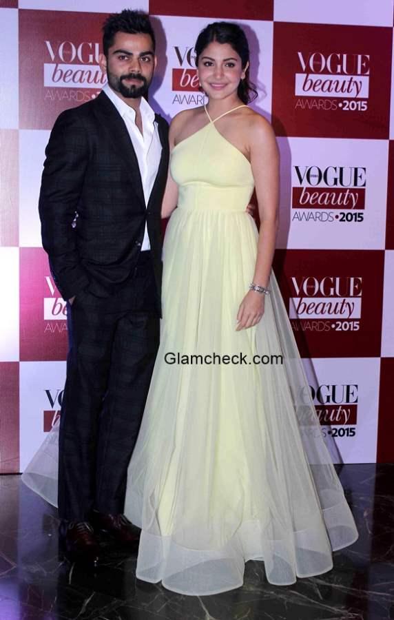 Virat Kholi Anushka Sharma at Vogue India Beauty Awards 2015