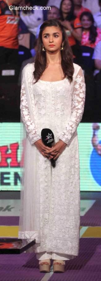 Alia Bhatt in Salwaar Kameez