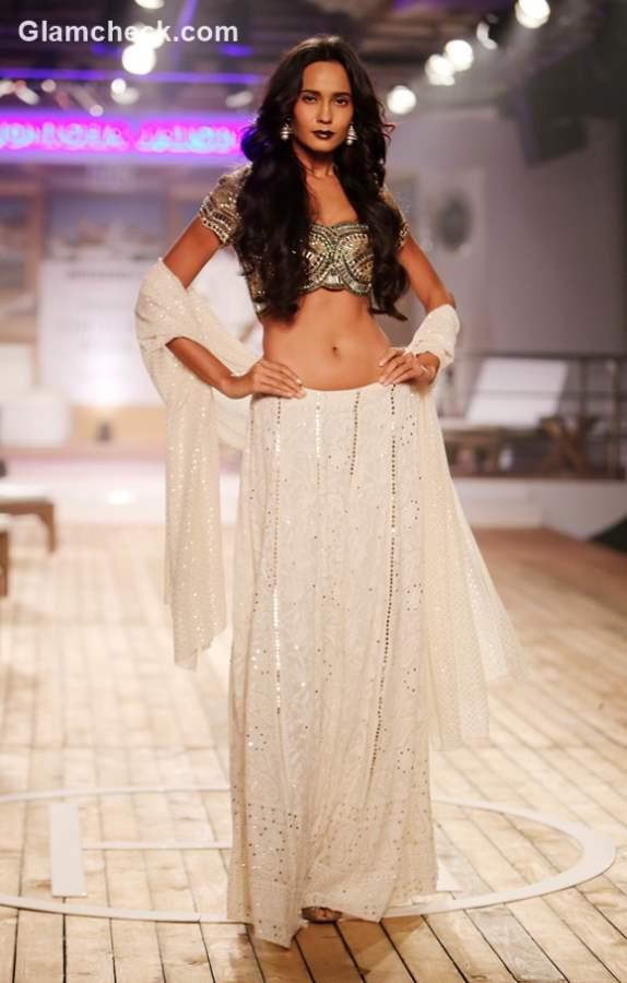 Amazon India Couture Week 2015 – Monisha Jaising collection