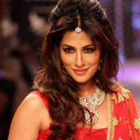 Chitrangada Singh for Shobha Shringar IIJW 2015