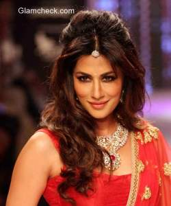 Chitrangada Singh for Shobha Shringar during the IIJW 2015