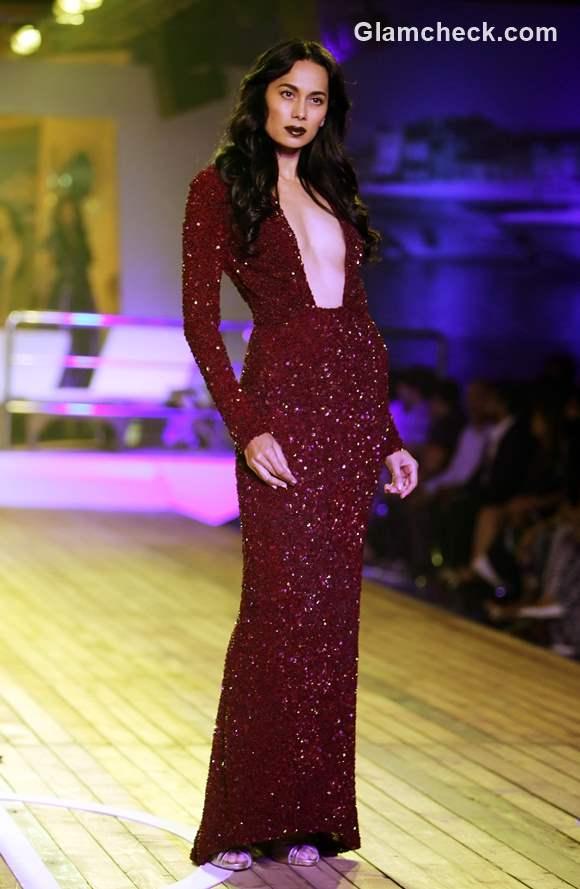 Monisha Jaising collection at Amazon India Couture Week 2015