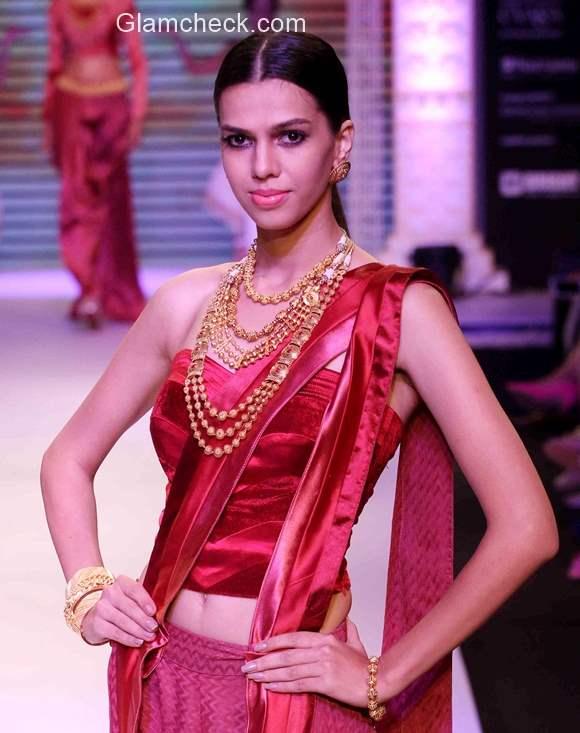 Tanishq at India International Jewellery Week 2015