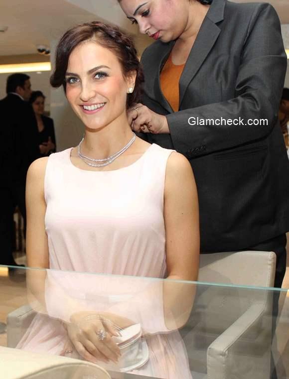 Elli Avram at Zoya Boutiques Wedding Collection