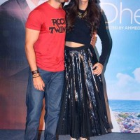 Hrithik Roshan and Sonam Kapoor at the launch of Yo Yo Honey Singhs Dheere Dheere se
