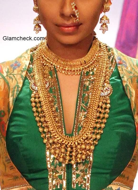 Traditional Maharashtrian Look For Ganesh Chaturthi