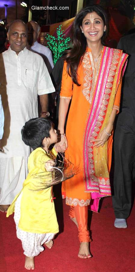 Shilpa Shetty with her son Viaan at ISKCON temple