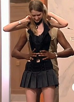 'World's Smallest Waist' at 'America's Next Top Model' Promo