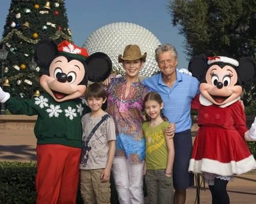 Michael Douglas takes family to Disney World