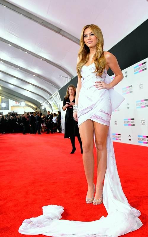 Miley Cyrus at 2010 AMAs
