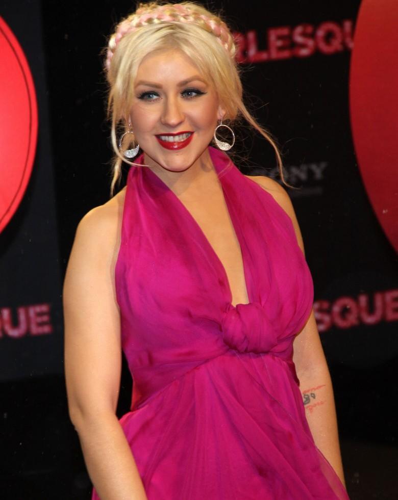 Christina Aguilera Walks Down