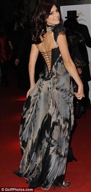 Kelly Brook look 2010 British Fashion Awards