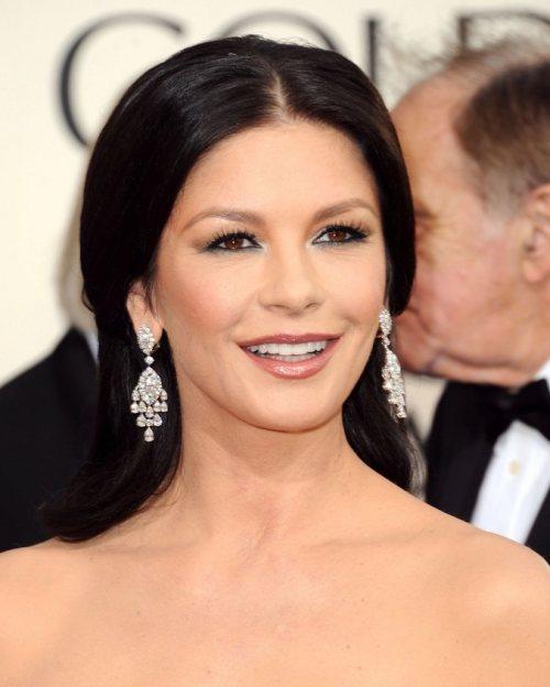 Catherine Zeta-haistyle makeup 2011 Golden Globe