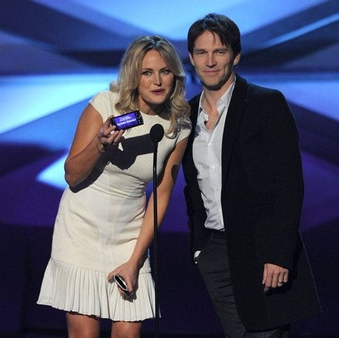 Celebs and winners at the 2011 Peoples Choice Awards
