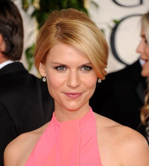 Claire Danes hairstyle makeup 2011 Golden Globe Awards