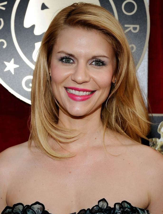 Claire Danes hairstyle makeup 2011 SAG Awards