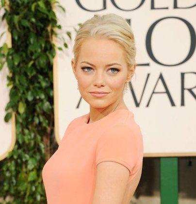 Emma Stone hairstyle makeup 2011 Golden Globes Awards