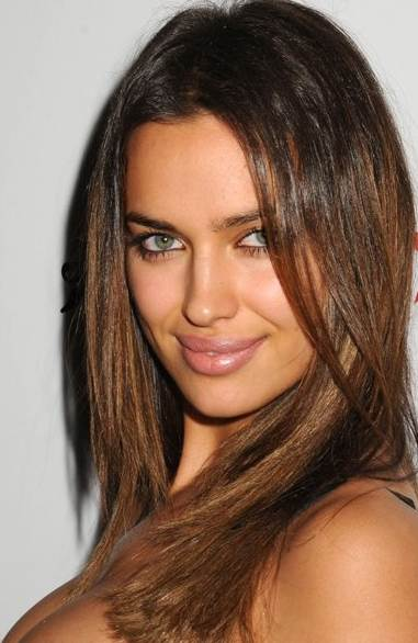 Irina Shayk hairstyle makeup Capsule Collection launch
