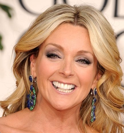 Jane Krakowski hairstyle makeup 2011 Golden Globe Awards